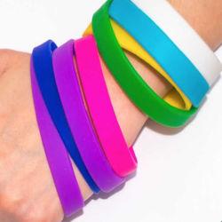 Het aangepaste Rubber van de Elastieken van het Elastiekje van het Basketbal van de Armband van de Manchet van het Silicone van het Embleem Regelbare