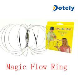 すばらしい魔法の流れ3Dの魔法のリングの運動教育ばねのおもちゃ