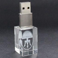 ذاكرة تخزين 3D ملونة بسعة 4 غيغابايت وسعة 8 غيغابايت وسعة 32 غيغابايت مخصصة 64 غيغابايت شعار برنامج تشغيل USB LED محرك أقراص USB محمول من نوع Crystal USB/محرك أقراص USB