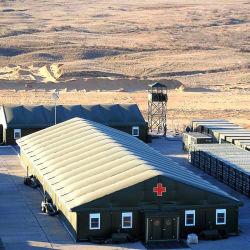 Struttura tenda per soccorsi ospedalieri di emergenza rifugiati pazienti di medicina d'emergenza