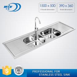 下水管のボードが付いている長いステンレス鋼の台所洗面器