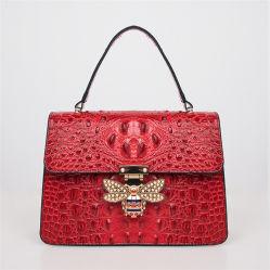 La Chine Marché de produits motif crocodile de gros animaux Mesdames les sacs à main Les femmes assument une élingue Sacs à main avec du Miel Abeille accessoire métallique SH1382