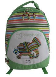 学校のバックパックのスポーツ旅行袋に戻る学生の学生かばん