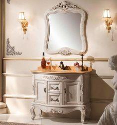 أثاث على الطراز الكلاسيكى الأوروبى ذو لون أبيض من خشب البلوط الأحمر الأمريكى خزانة الحمام الخشبية الصلبة