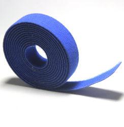 Attache de câble en nylon autobloquant s'appliquent à champ électrique de câble