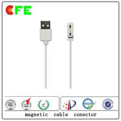 Conector del USB con el conector magnético para la computadora de escritorio