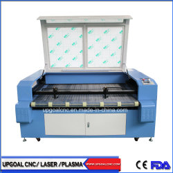 Lederne Auto-Sitzdeckel CO2 Laser-Ausschnitt-Maschine mit doppelten Köpfen/führendem Selbstsystem
