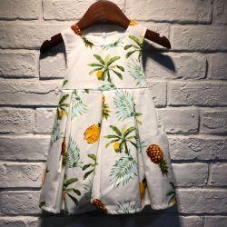 소녀를 위한 녹색 꽃무늬 드레스