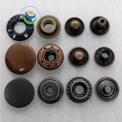 Tasto in lega di zinco d'ottone rotondo dello schiocco del metallo di disegno su ordinazione di marchio per gli accessori dei jeans della camicia