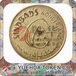 Segno dell'ottone di colore dell'oro dello spingitoio della moneta
