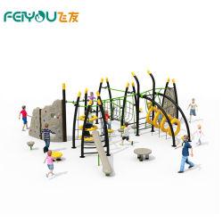 Интересная детская игровая площадка элементов для использования вне помещений