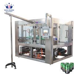 L'animale domestico di alluminio può spremuta di /Beer/Fruit della bevanda di energia/ha carbonatato la macchina d'inscatolamento di riempimento liquida di sigillamento di sigillamento della bevanda