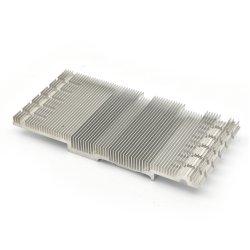 Profilo di alluminio del dissipatore di calore dell'espulsione dei pezzi meccanici di CNC di abitudine