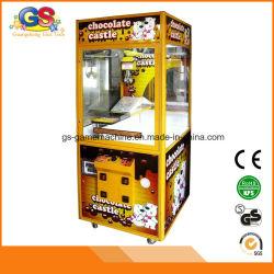 Máquina de la grúa del chocolate del caramelo de la muñeca de la arcada de juego de la garra del juguete para la venta