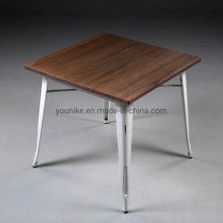 Table métallique TOLIX Tableau vintage avec bois intérieur et extérieur