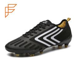 Les hommes de Soccer Topsion Hot vendeur original des chaussures de football de Spike Turf