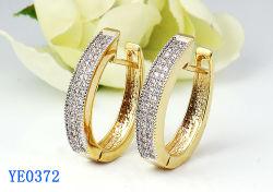 女性の宝石類 925 の純銀製または黄銅の方法立方ジルコニア大きい Hoop のイヤリング Hotsale