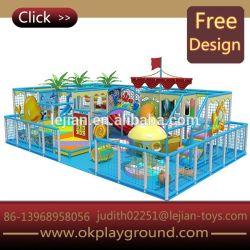 Glückliche Land-Lots Spaß-grosse Größen-Spiel-Mitte-hölzernes Innenspielplatz-Gerät