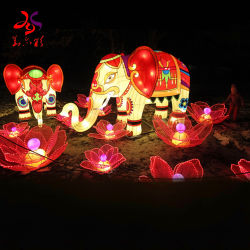 中国の従来の絹のランタン祝祭の装飾の中間の秋の祝祭のランタン