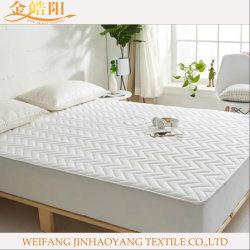 Almohadilla de cama Ropa de cama de hotel, equipado de poliéster acolchado Colchoneta suministro conjunto de ropa de cama