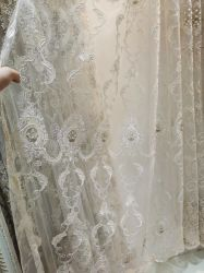 100 % polyester rideau brodé Tissu à mailles