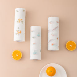 Tovaglioli di carta della cucina assorbente, panni di pulizia riutilizzabili lavabili amichevoli resistenti della famiglia di Eco Rolls, documenti assorbenti stampati non tessuti dell'olio dell'alimento bagnati