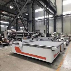 A alcatifa de piso CNC tornando vibrando máquina de corte oscilante para a Junta de borracha antiderrapante
