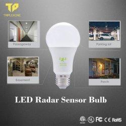 スマートなE27動きのSensor&Radorセンサー220V 9W LEDの球根SMD2835情報処理機能をもったLED 7W 9W 12Wのマイクロウェーブレーダー探知の動きセンサーの球根