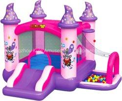ピンクのメモリ膨脹可能なおもちゃの小さい跳躍の弾力がある城