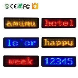Factory Direct Mini LED programmable Défilement du message d'un insigne peut porter une haute luminosité multilingue Nom du voyant d'un insigne