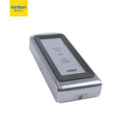 Zilveren Metaal met Controlemechanisme van de Toegang van het Signaal van Wiegand van de Kaart van het Toetsenbord het Verre Slimme voor het Hotel van het Huis