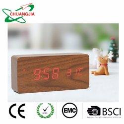 Digital de la fábrica de relojes de alarma de madera para dormitorios con gran pantalla LED