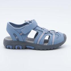 Pattini della scarpa da tennis dei sandali di sport dei pattini casuali per i capretti