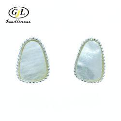 Monili madreperlacei di modo del nero semplice dell'orecchino per le donne