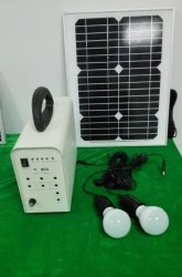 Lâmpada LED solar para interior com sistema de iluminação doméstica recarregável de 5-100W