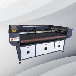 Multi Hauptführende Laser-Ausschnitt Facbric Tuch-Maschine CNC-Ausschnitt-Textilselbstmaschine