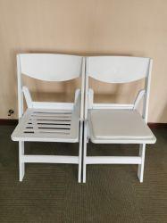 L'extérieur pliable rembourré blanc chaise pliante de résine pour des événements