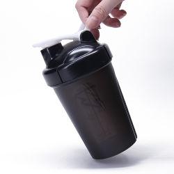400/600mlプラスチックコップのシェーカーPPのプラスチック飲料水の振動のマグ携帯用旅行水コップ