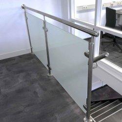Оптовая торговля на заводе для использования внутри помещений для использования вне помещений Внутренних Дел Exteiror нержавеющая сталь стекло Baluster Balustrade поручень лестницы поручень с маркировкой CE