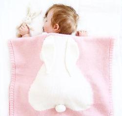 유기 남자 아기와 소녀를 위한 면에 의하여 뜨개질을 하는 아기 담요