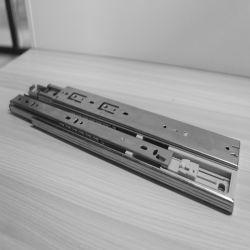 35mm Soft Fermer le tiroir à roulement à billes avec rails de coulissement de l'amortissement