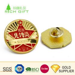 Fournisseur chinois Custom Cheap Alliage de zinc métal moulé sous pression réutilisables de badges avec logo