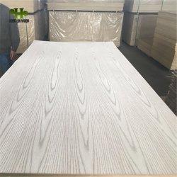 3mm 4mm 5mmチークまたは装飾の家具のための灰またはカシのベニヤの装飾的か豪華な合板の&MDF
