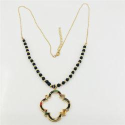 Fashion Accessoires Ethnische vergoldete lange Perlen Halskette mit Harz Rhombus-Anhänger