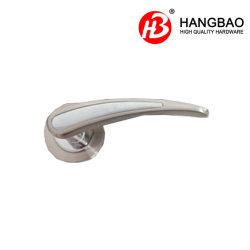 古典的な亜鉛合金のドアロックのハンドルのほぞ穴のドアロックかZamakまたは円形のロゼットが付いている亜鉛合金またはアルミニウムドアハンドル