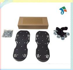 Aérateur de pelouse Sandales / 3 Sangles avec boucles métalliques en alliage de zinc et des clous pour entretien des pelouses L'aération des pointes de chaussures à pointes Heavy Duty