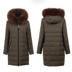 Le Raton laveur col de fourrure naturelle de grande envergure long manteau de neige épaisse Hoodied usure extérieure Down Jacket Femmes 90% de blanc vers le bas de l'hiver de vêtements de canard
