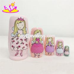 Personalizar as meninas russas de madeira rosa boneca de nesting para venda por grosso W06D095