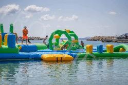 Prix compétitif la place du marché intérieur en extérieur Aire de jeu Jumping château gonflable Amusement Park Trampoline pour jeu de sport