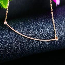 Collana curva sorriso all'ingrosso commerciale di frontiera dell'oro della fabbrica nuovo 14K Rosa dei monili dell'acciaio inossidabile del Guangdong Shenzhen